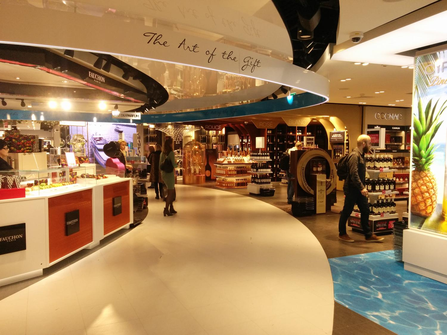 agencement TCE en travel retail