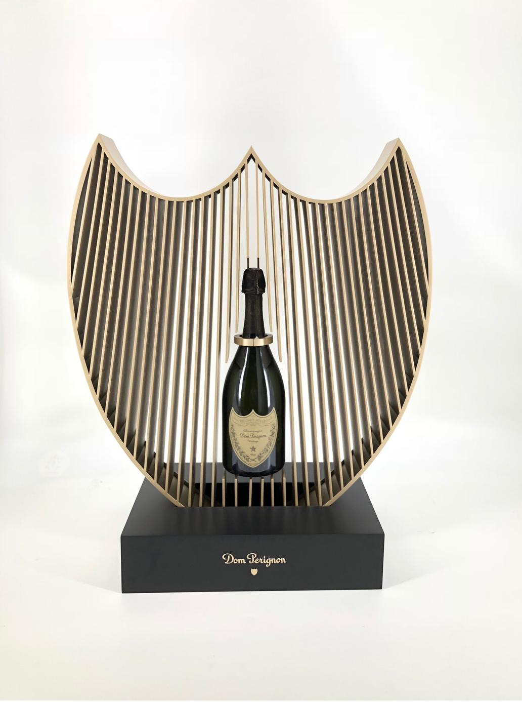 dom-perignon-shield-bar-discotheque-media6-plv-permanante-luxe