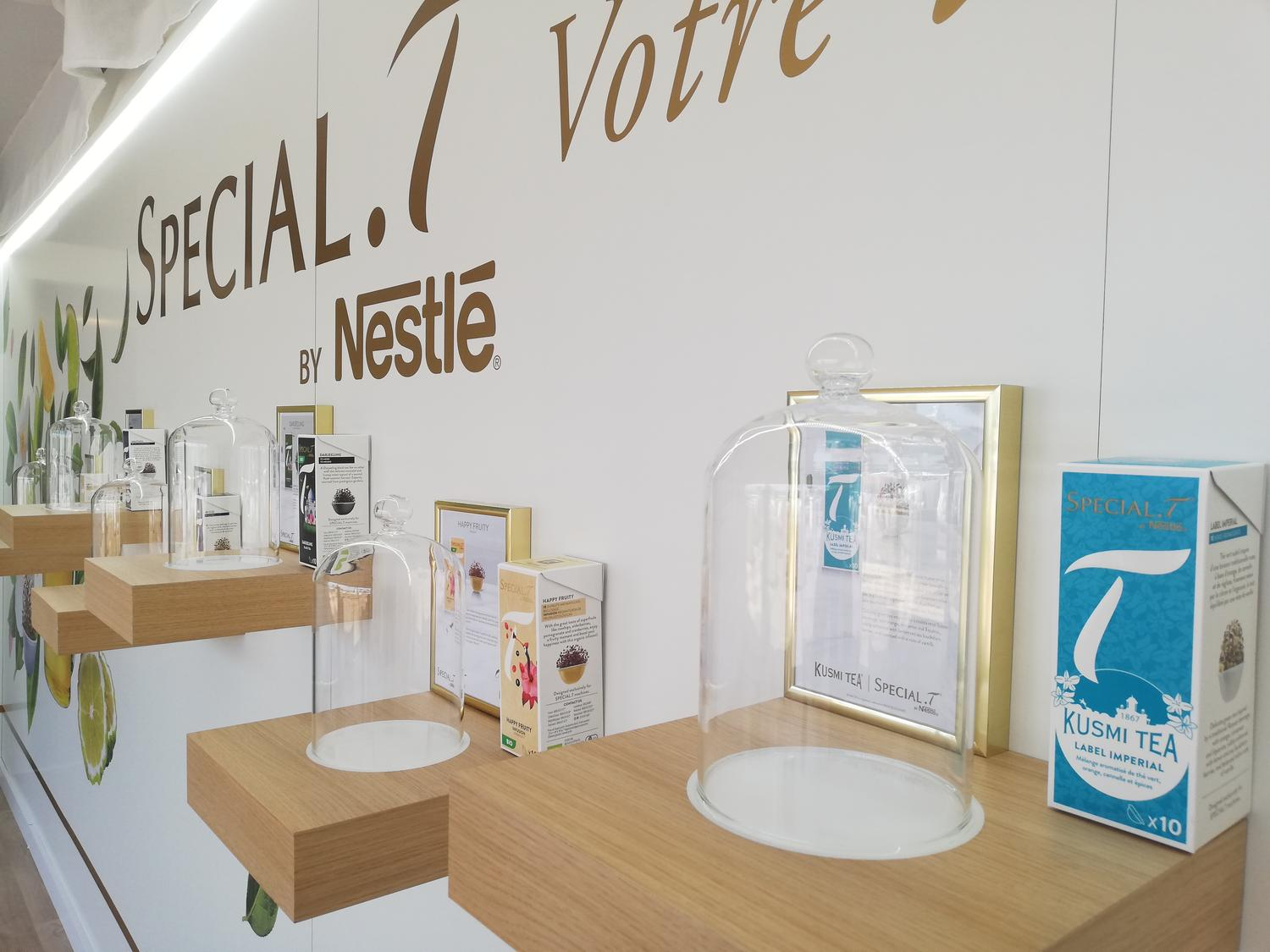 STAND-CANNES-MEDIA6-NESTLÉ-INSTALLATION
