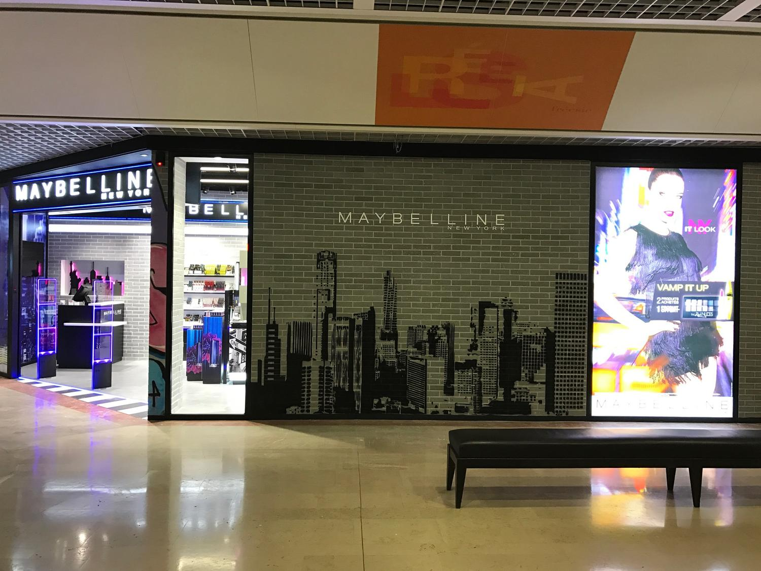 agencement boutique maybelline france
