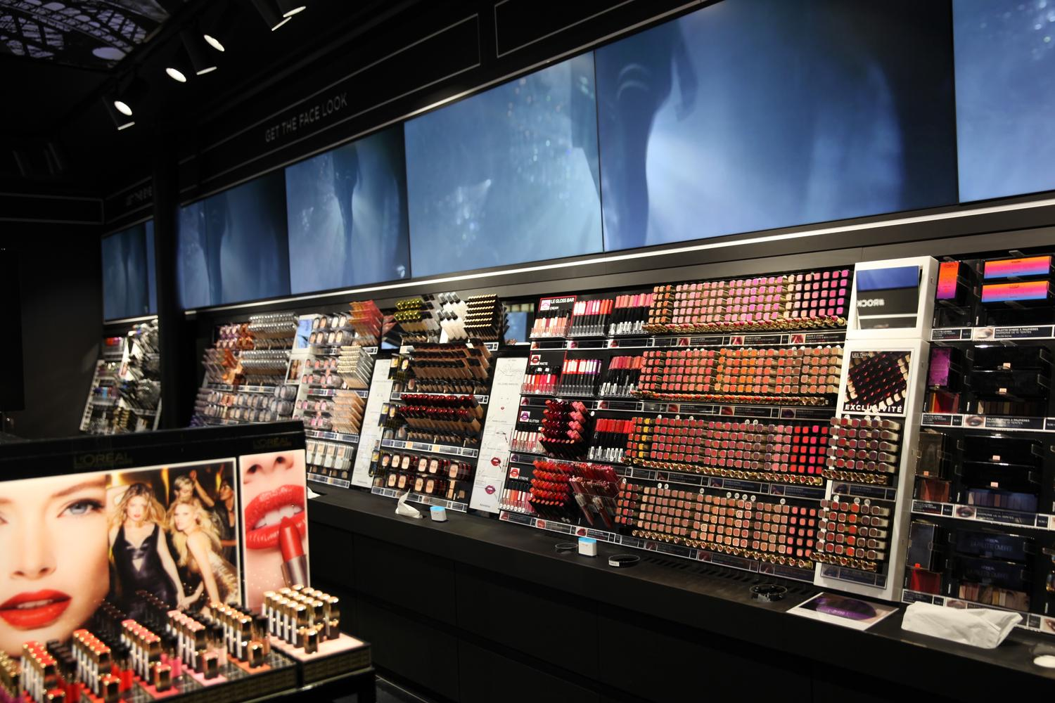 agencement boutique l'oréal paris