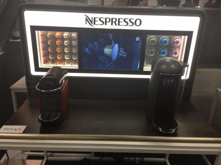 Linear display - Nespresso