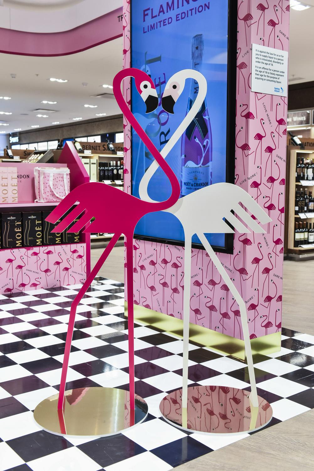 champagne rosé flamingo en travel retail -MEDIA6
